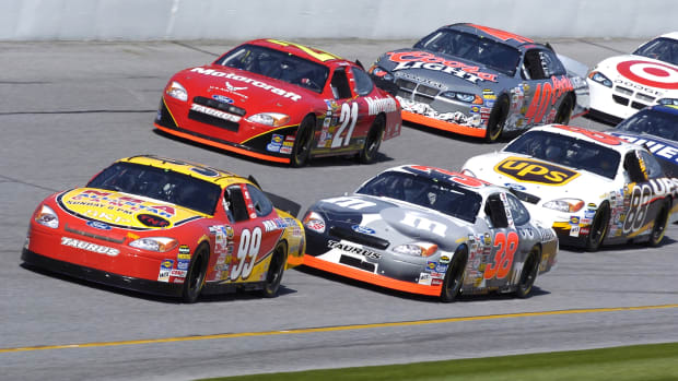chemistry-for-nascar-drivers-and-crew