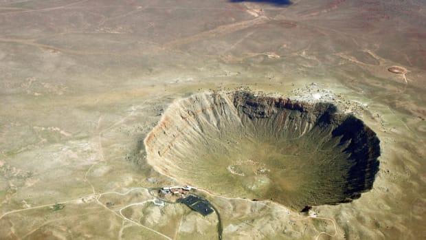 top-10-largest-meteorite-strikes-in-history