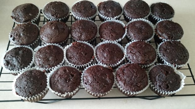 delicious-and-healthy-chocolate-zucchini-muffins