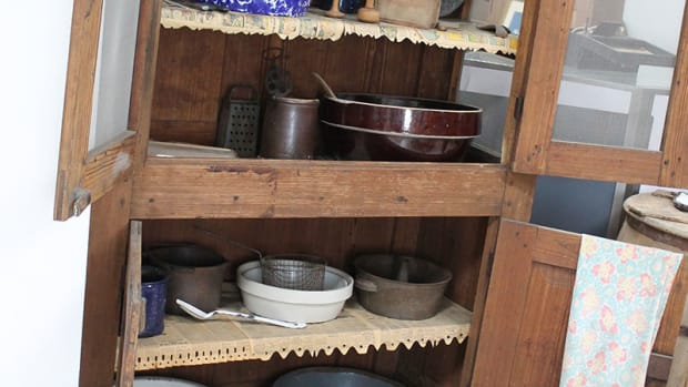 vintage-wooden-kitchen-utensils-gadgets-cutters-rollers-boards