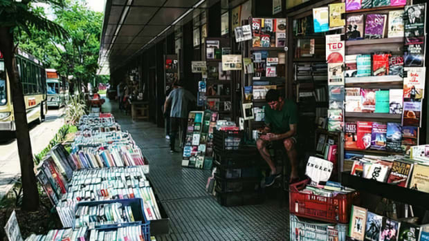why-should-you-buy-second-hand-books