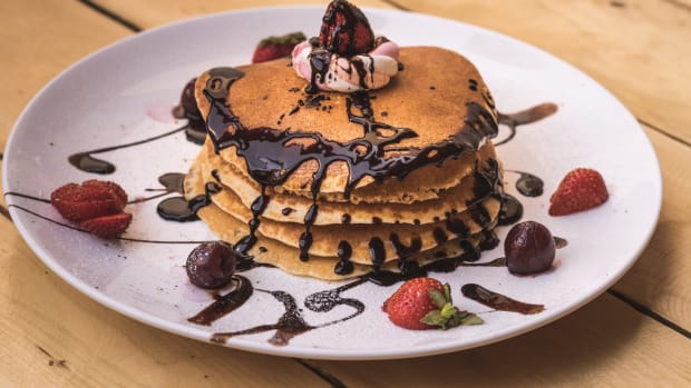 easy-chocolate-pancakes