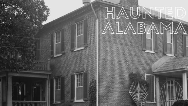 haunted-alabama-sweetwater-mansion