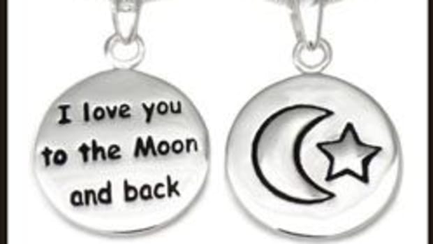 i-love-you-to-the-moon-and-back-necklace