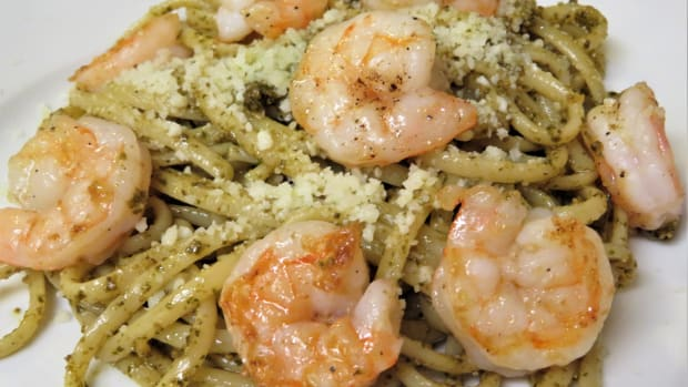 quick-and-easy-shrimp-linguini-and-pesto-entre-recipe