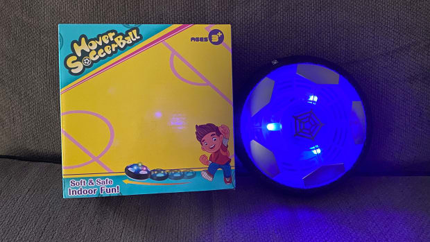 stocking-stuffer-a-review-of-the-upgraded-melmelkat-rechargeable-hover-soccer-ball