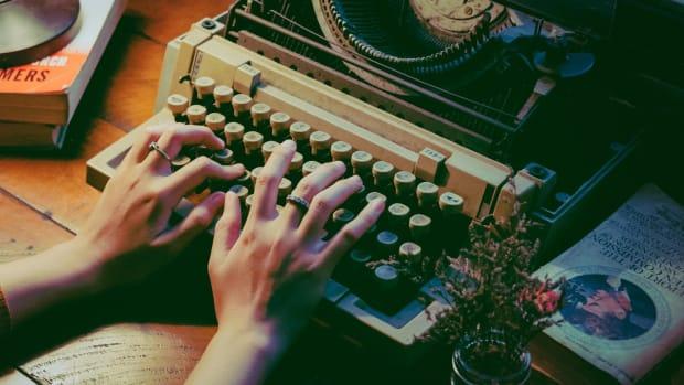 10-web-novel-sites-earn-by-writing-novels-online