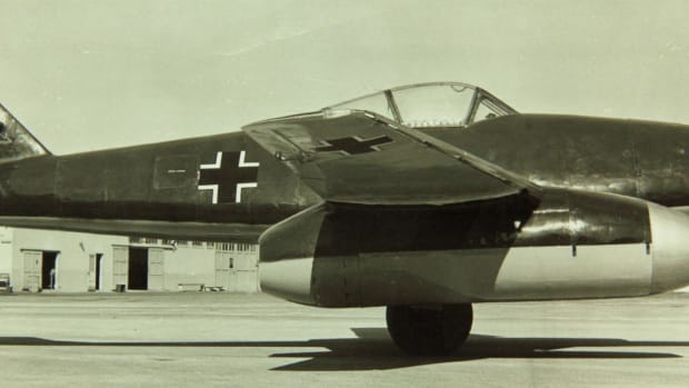 jet-fighters-in-action-during-world-war-ii
