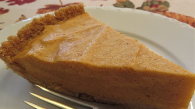 pumpkin-ice-box-pie-vintage-recipe-dating-back-decades