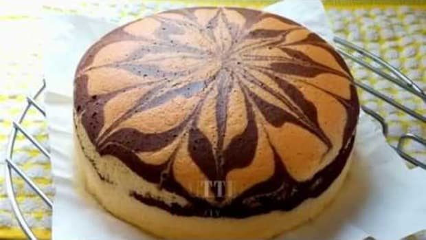 almond-marble-cake
