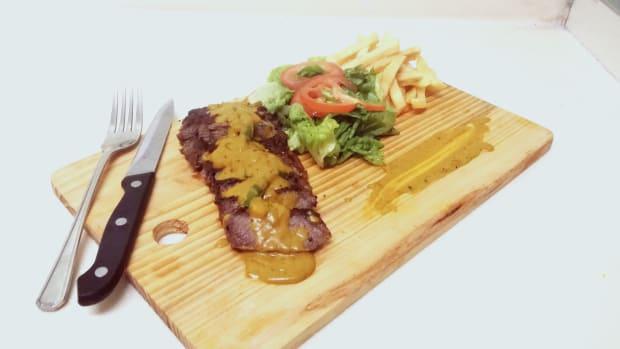 homemade-strip-loin-steak-with-turmeric-coconut-gravy