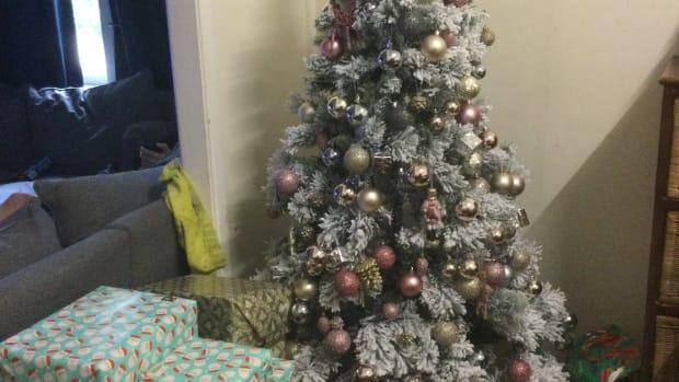 the-christmas-creed