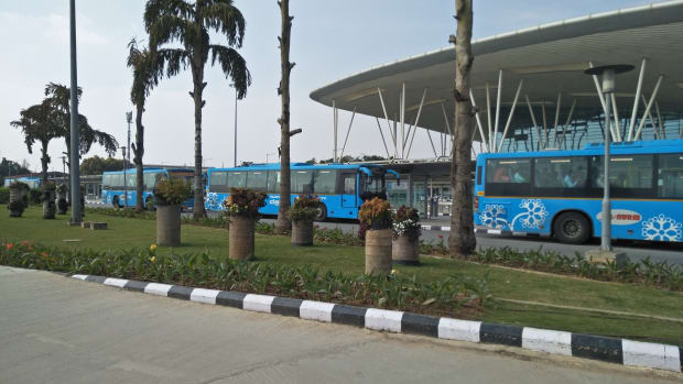 innovative-and-safer-shuttle-servcies-to-the-airport