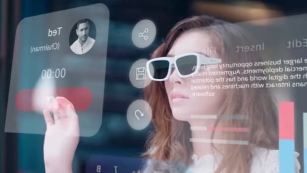its-time-to-wear-the-madgaze-glow-mixed-reality-glasses