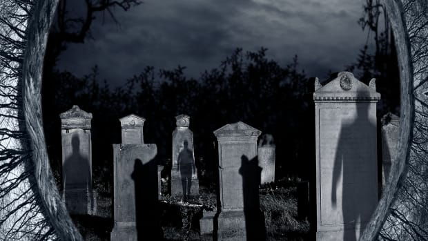 its-for-you-phone-calls-from-beyond-the-grave