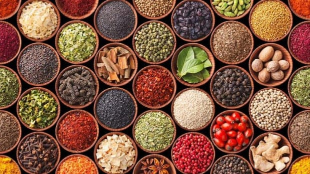 herbs-and-seasonings-to-uplift-your-senses