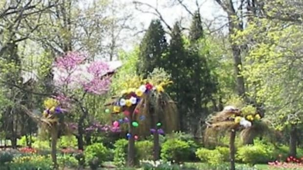 exceptional-exterior-easter-decorations