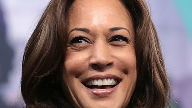 kamala-harris-has-three-luxurious-houses-is-getting-new-address