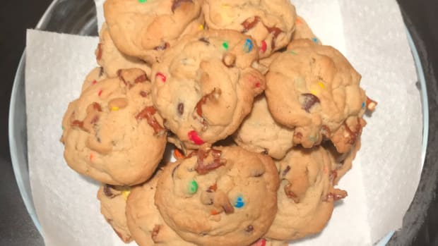 kitchen-sink-cookies-the-perfect-balance-of-salty-and-sweet
