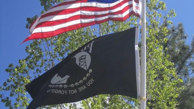 american-flag-etiquette
