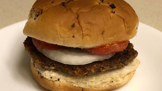 vegan-friendly-veggie-burger