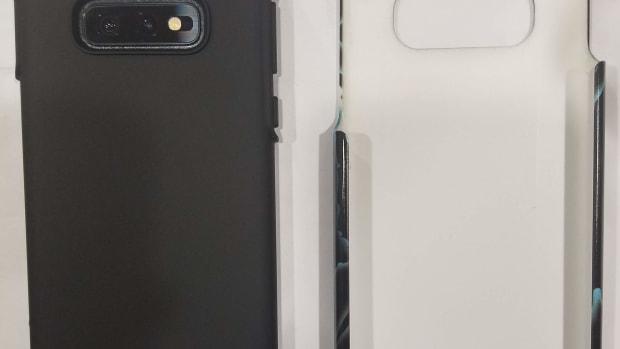 review-redbubble-tough-phone-case