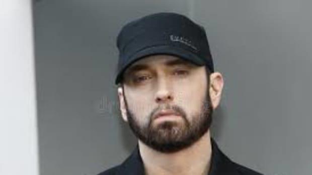 rapper-eminem-biograph
