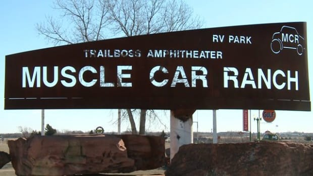 oklahomas-muscle-car-ranch-open-air-museum