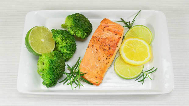 easy-oven-baked-salmon-recipe-with-lemon-and-herb-butter