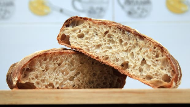 9-signs-you-may-be-gluten-sensitive-or-gluten-intolerant