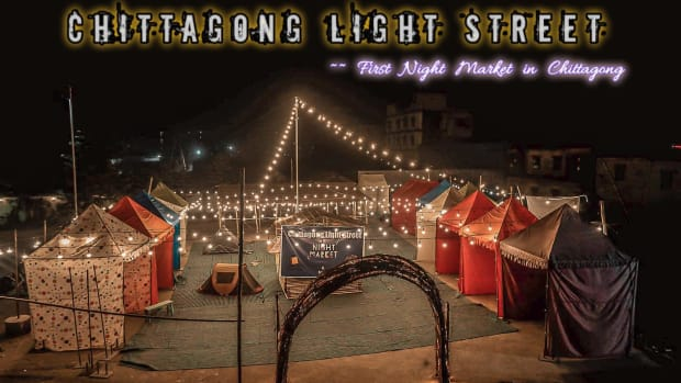 chittagong-night-market-shopping-between-yellow-lights-in-bangladesh