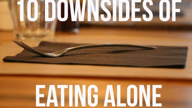 disadvantages-of-eating-alone