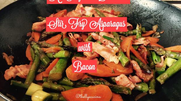 an-easy-and-delicious-stir-fry-asparagus-with-bacon