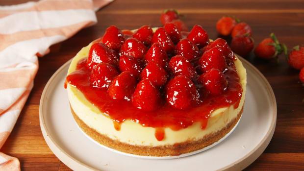 amazing-strawberry-cheesecake-recipe