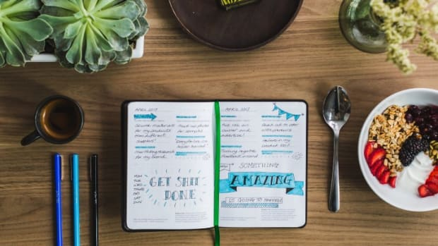 how-to-remain-consistent-with-journaling-therapy