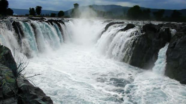 beautiful-places-to-visit-in-hogenakkal