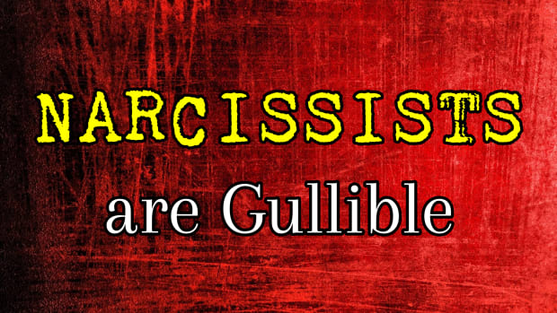 narcissists-are-gullible