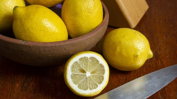 5-benefits-for-you-to-know-by-consuming-lemon-every-day