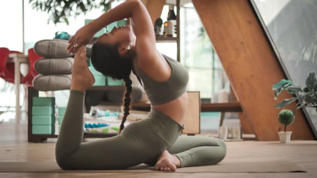 what-to-wear-for-your-yoga-sessions