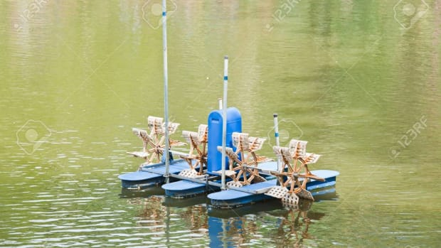 fish-farming-by-aerator