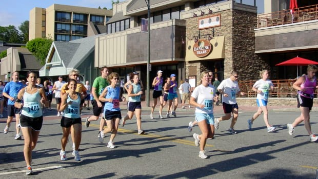 a-runners-guide-to-the-lake-placid-marathon-half-marathon