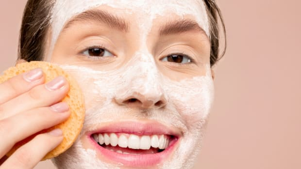 exfoliation_acne-skin-care_exfoliating-acne-facial-skin-care