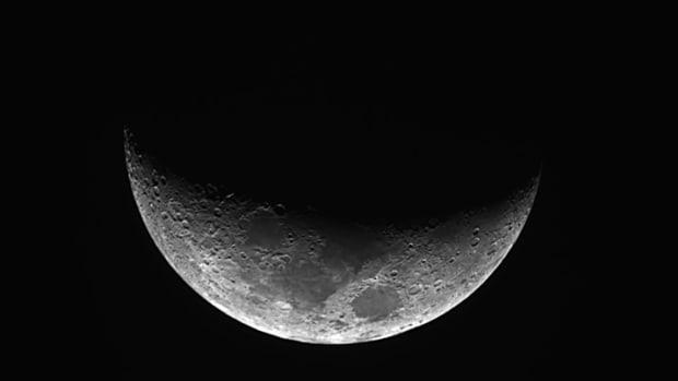 lao-folktales-the-crescent-moon-comb
