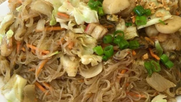 filipino-pansit-bihon-philippine-rice-noodle-recipe