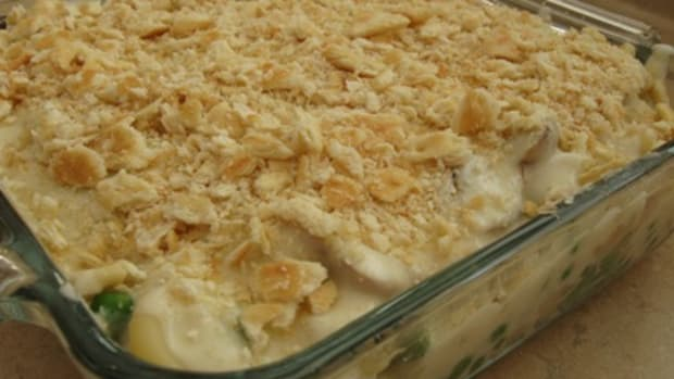 homemade-tuna-noodle-casserole-recipe