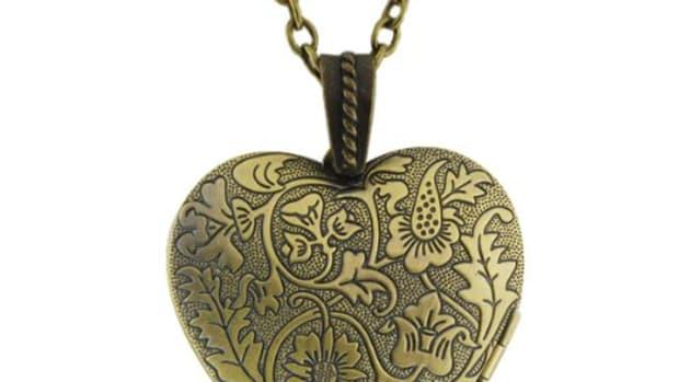 buy-heart-lockets-online