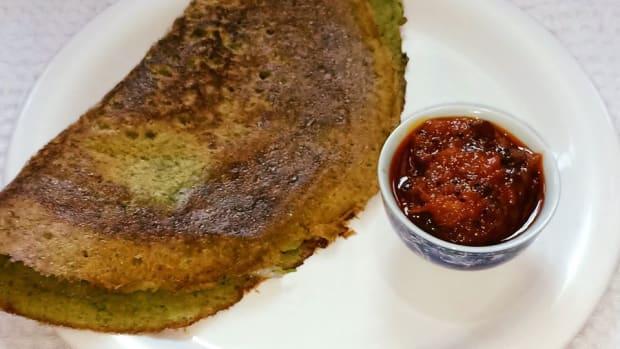 south-indian-pesarattu-dosa-recipe-moong-dal-dosa-recipe