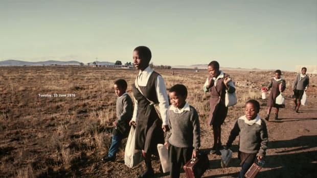 african-south-africans-and-june-16th-1976-sad-times-bad-times-aluta-kontinua-amandla