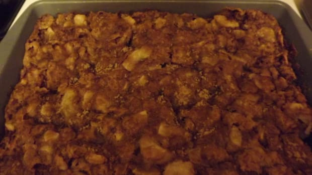 apple-cake-and-topping-recipe