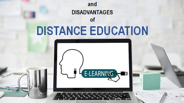 distance-education-colleges_online-undergraduate-degree_pros-and-cons